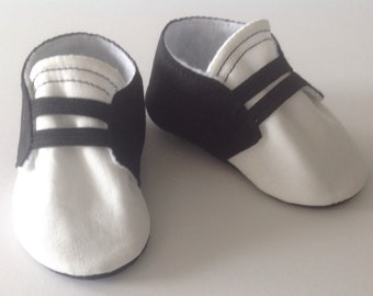 Black & White Baby Shoes with Elastic | Newborn size up to 18 Months