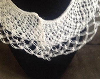 Vintage Crochet White Collar