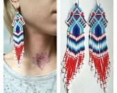 Guacamayo parrot earrings, peyote stitch