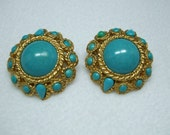 Vintage Gold Faux Turquoise Stone unmarked  cabochon round earrings