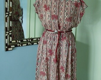SALE  1970's belted day dress sundress M