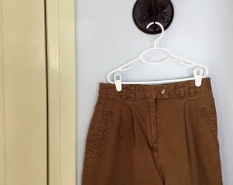 Vintage 90's NY & Co. high waisted shorts. Size S/M