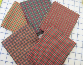 5 Christmas Fat Quarters red green gold plaid/check