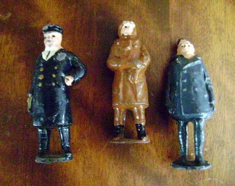 Lead Figurines Johillo of Miniature Men, Set of three