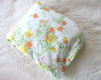 Vintage Queen Size Flat Sheet JC Penney Yellow Floral Orange Daisies