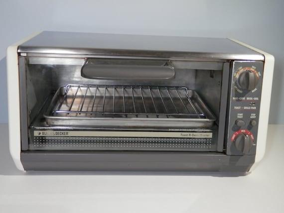 Black Amp Decker Toast R Oven Vintage 1990s Bake Toaster Broil