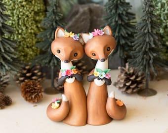 Red Fox Brides - Fox Wedding Cake Topper by Bonjour Poupette