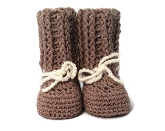 Ribbed Cable Cuff Crib Shoes in Brown Merino Wool