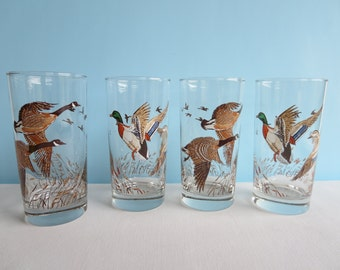 Vintage Drinking Glasses with Flying Geese - Glass Tumblers - Vintage Barware - Set of 4
