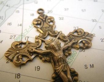 Sterling Silver Crucifix Cross Antique - 7g - Gold Wash Pendant
