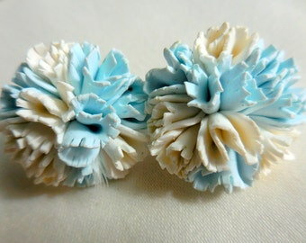 Pretty Blue and White CARNATION Vintage FLOWER Earrings