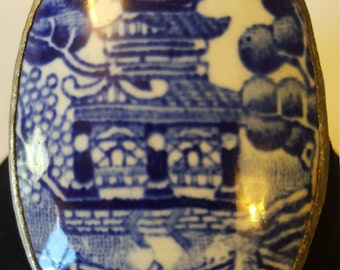 Vintage Blue & White Asian Pagoda Brooch