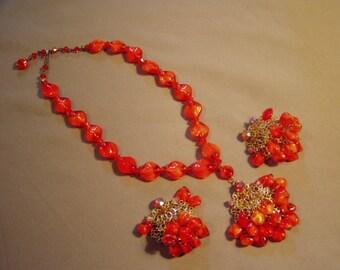 Vintage Lorraine Marcel by Florenza Bright Orange Dangly Bead Pendant Necklace Earring Set 8479