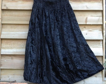 70s French VTG René Derhy black velvet bohemian skirt