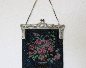 Beaded Floral Purse With Silver Plated Handle