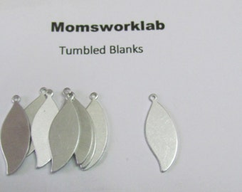 Leaf Blanks//Aluminum tags// 20 G Aluminum//tumbled blanks//leaf tags//necklace blanks//metal stamps//hand stamping