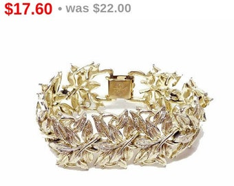 Vintage Coro Leaves - Bracelet with Leaf Pattern in Goldtone