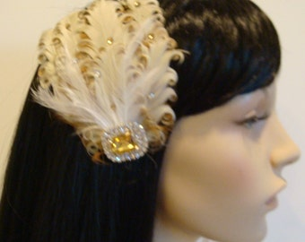 ivory champagne bridal feather fascinator hair clip / peacock vintage wedding headpiece / champagne ivory feather topaz crystals