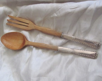 Salad - Bordeaux Pattern - Large Silver Plate and Wood Salad Set Serving Spoon Fork