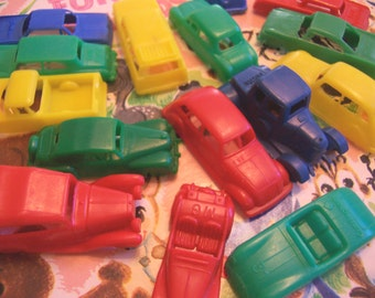 vintage toy tiny plastic cars