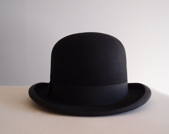 1920s Black Bowler / Derby hat ...British Manufacture by Ely Limited est. 1902 ...near mint size 7 1/8