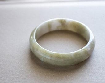58.5mm Mottled White and Olive Green Jadeite Bangle