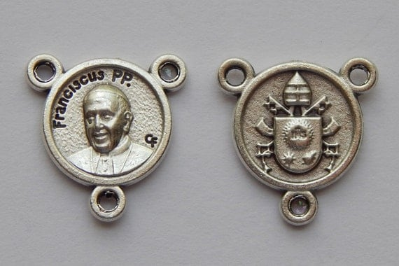 5 Rosary Center Piece Findings - 17mm Long, Small Size, Franciscus PP, Pope Francis, Silver Color Oxidized Metal, Rosary Center, RC408