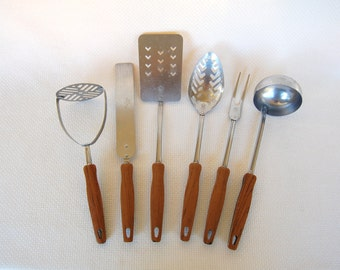 Set of 6 Vintage Ekco Stainless Steel Utensils Wood Grain Plastic Handle Potato Masher, Spreader, Turner, Slotted Spoon, Serving Fork, Ladle