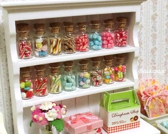 Miniature Candy Cane Mint Candies Sweets - Dollhouse decoration & Sylvanian Families Dolls Fake Food Cute Kawaii Gift DIY Craft Food Jewelry