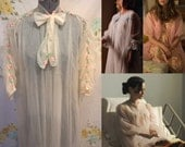 Betty Draper Cream 50's 60's Rosebud Nightgown Peignoir Robe