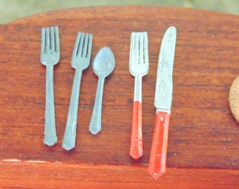 Miniature Silverware. Dollhouse Accessory. Miniature Flatware. Dollhouse Silverware. Vintage Dollhouse. Knife Fork Spoon. Gift Idea.