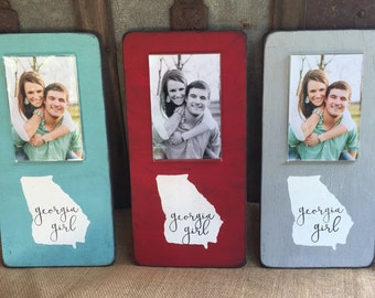 Sweet Georgia Girl frame with 4x6 photo opening
