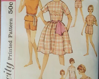 Simplicity Pattern 4419 Teen size 12 bust 32 Junior's blouse, skirt, sash, top and shorts Pattern (P173)