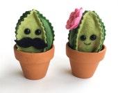 Felt Cactus / faux garden / faux succulent / felt plant / wedding favor / home decor / pin cushion