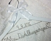 Bride Dress Hanger FREE SHIPPING With Wedding Date Name Custom Personalized White/silver Bridal Party Bridesmaid Gifts USA made and shipped