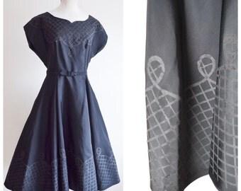 1950s Black silk taffeta evening dress / 50s border print full skirt dress - M L