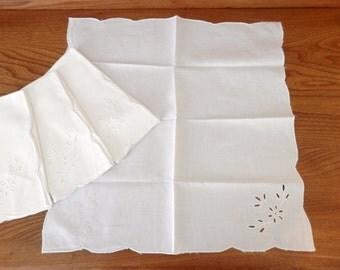 Set of Four Vintage Linen Napkins - Embroidered Napkins - White Napkins - Open Work Napkins