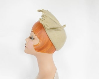 1930s calotte hat, vintage Juliette cap, wool and mohair