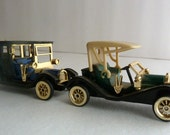 2 High Speed Model T Set Toy Cars HF9086