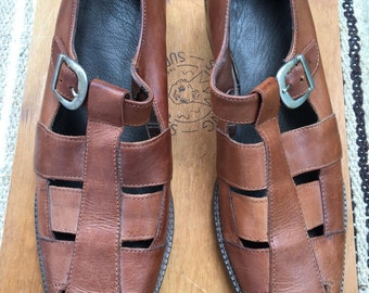 Vintage 6-6.5 cute brown leather shoes