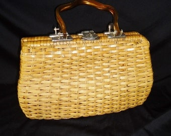 Woven Wicker BARREL Vintage 1960's Lucite Handle Handbag Purse