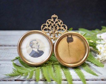 Small Victorian Picture Frame
