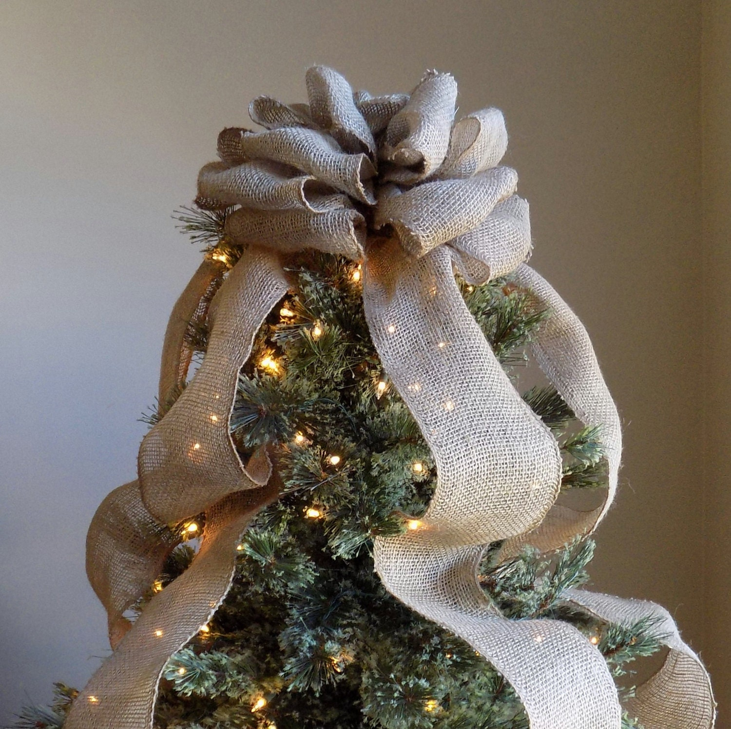 Burlap christmas tree topper bow rustic topper shabby chic for Burlap ribbon on tree