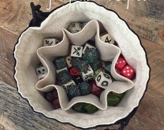 Dice Bag of Nine Pockets