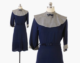 Reserved...LayawayVintage 40s DRESS / 1940s 2-Tone Rayon Houndstooth Collar & Trim Belted Day Dress S