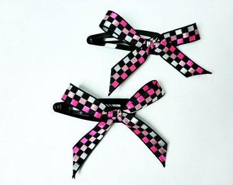 Black & Pink Racing Flag Ribbon Bow Barrettes