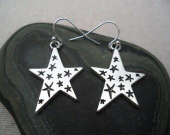 Silver Star Earrings - Celestial Earrings - Starry Night - Simple Everyday Silver Earrings