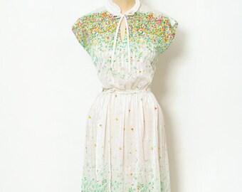 Vintage 70s Dress / Retro / Floral Dress / Retro dress / Garden party dress / 1970s / 80s dress / Summer dress / Sun Dress /  Sheer Dress
