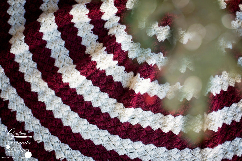Crochet Pattern Diamond Christmas Tree Skirt Warming