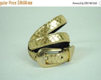 ON SALE 50% Vintage 80s GOLDEN Snakeskin Belt. (M)